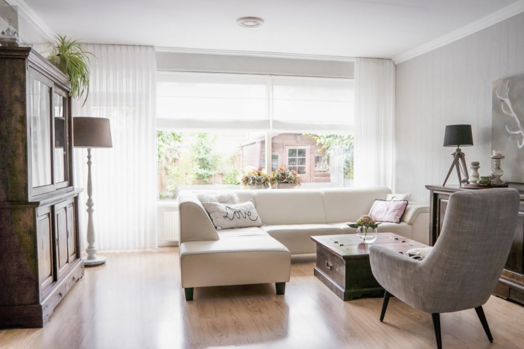 Best Non-Toxic Window Treatments For a Natural Home Setting